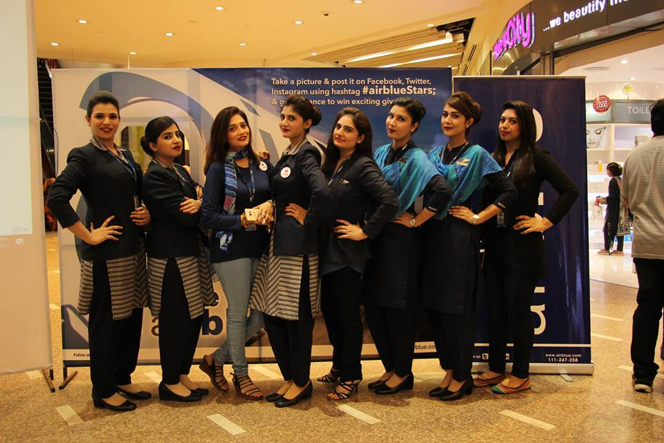 The Team Played Exciting Quizzes Surprises To Interact With Public And Let Them Get Know About Best Airblue In Stan